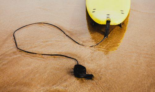 Jak wybrać odpowiednią deskę do wakesurfingu?