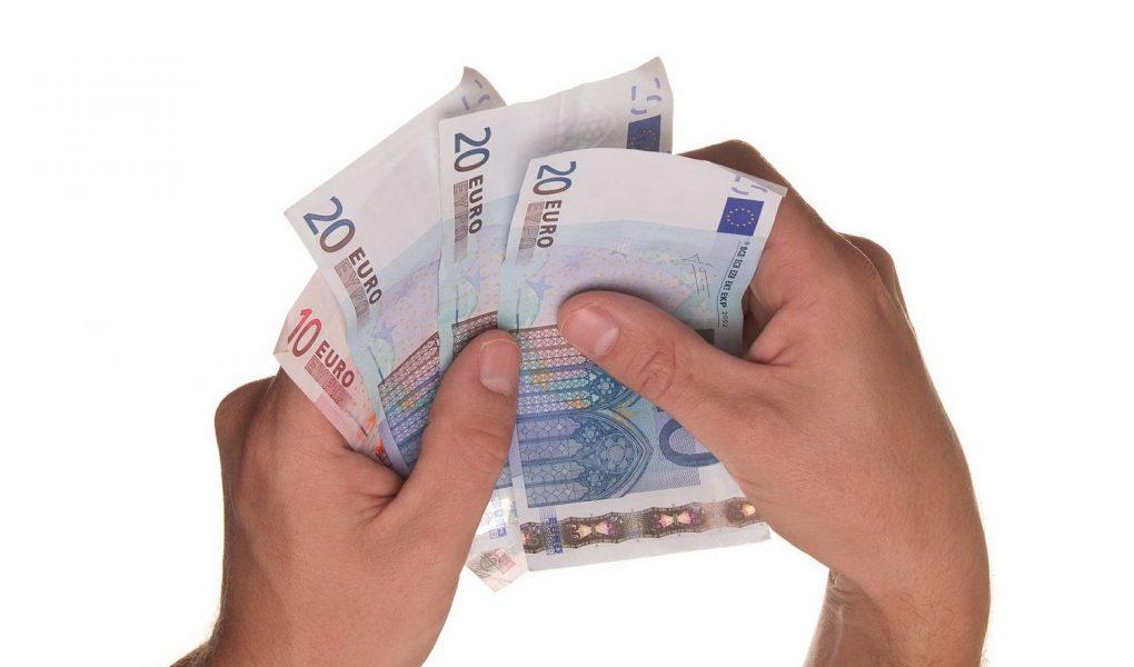 Jak pozyskać środki unijne na założenie firmy
